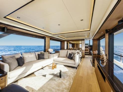 Laivo salonas